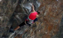 kids-rock-climbing-sonic-youth